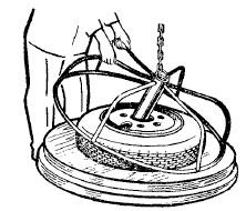 Предохранительное приспособление для накачки шин