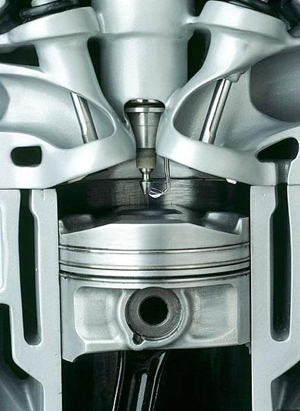 Система управления топливом компании saab Двигатель Инжектор со свечой системы управления сгоранием