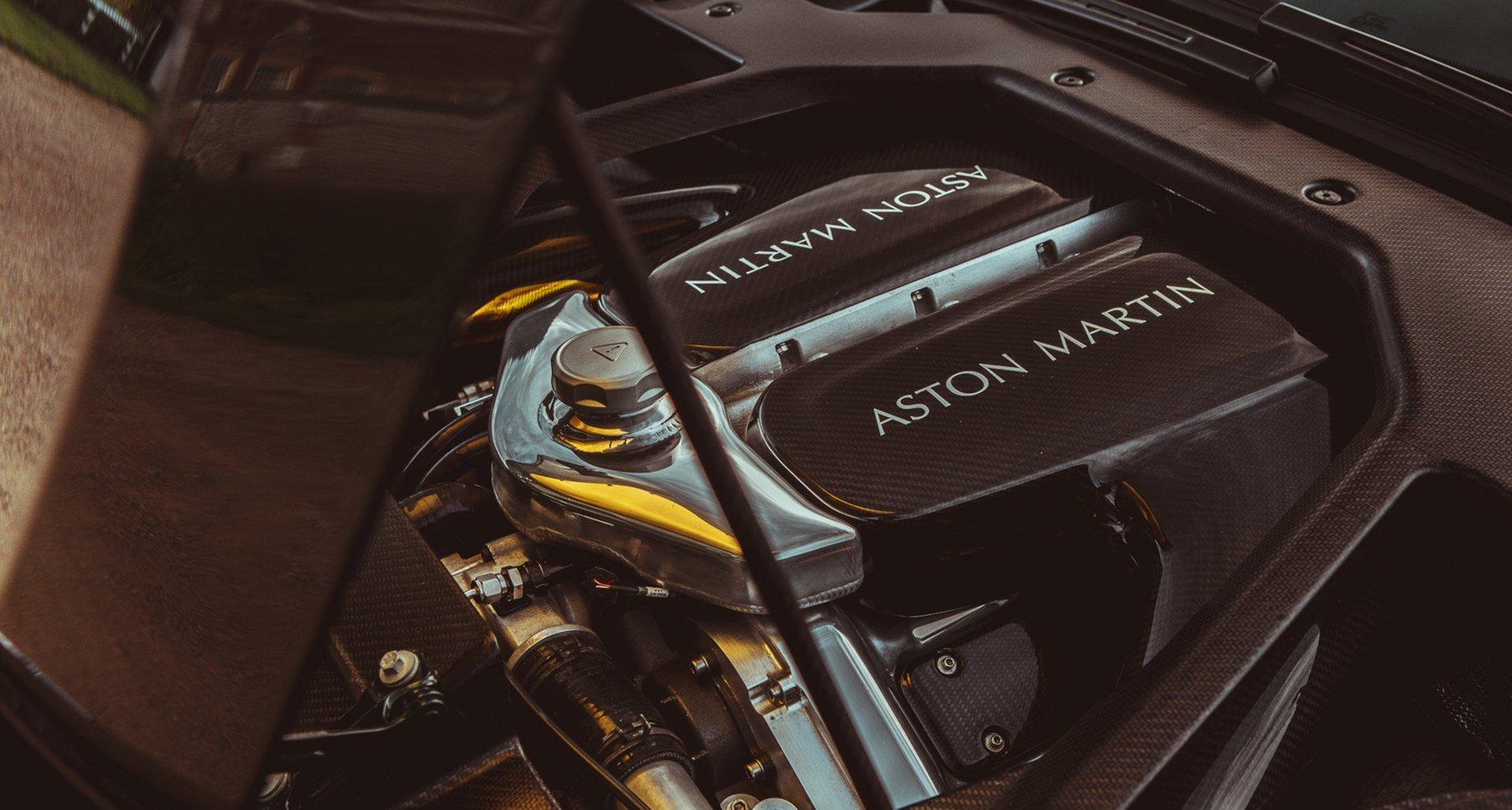 Двигатель Астон Мартин